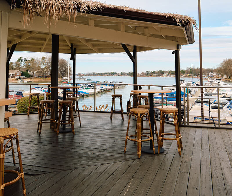 5 Best Spots for Waterfront Dining on Lake Norman